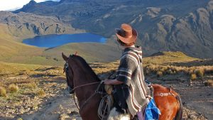 3-day-adventure-program-cotopaxi-quilotoa-horseback-riding