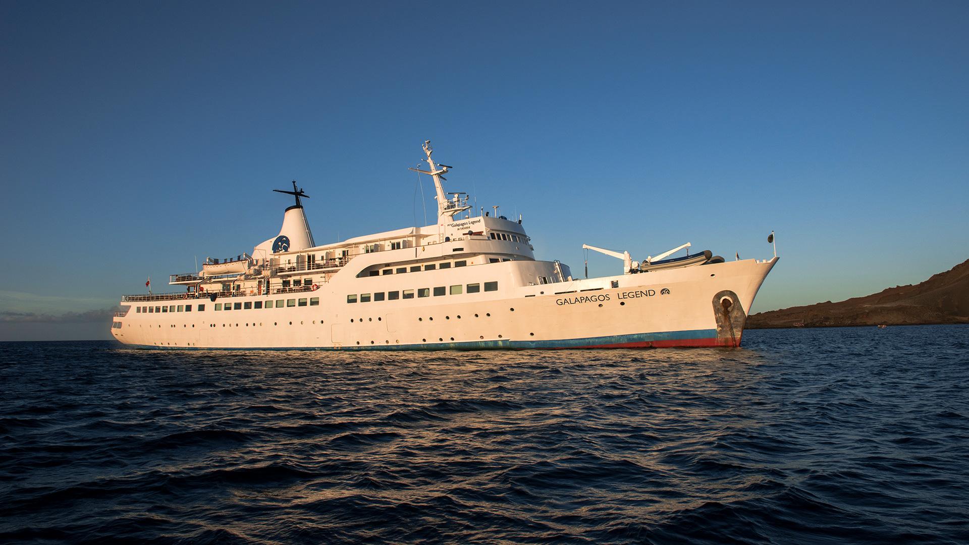 Galapagos Legend, galapagos cruise, luxury galapagos cruise, eco tours galapagos islands, small group tours galapagos islands, galapagos guided tours, touring the galapagos, galapagos island tours price, galapagos islands land tours, galapagos local tours