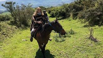 ecuador tours horseback