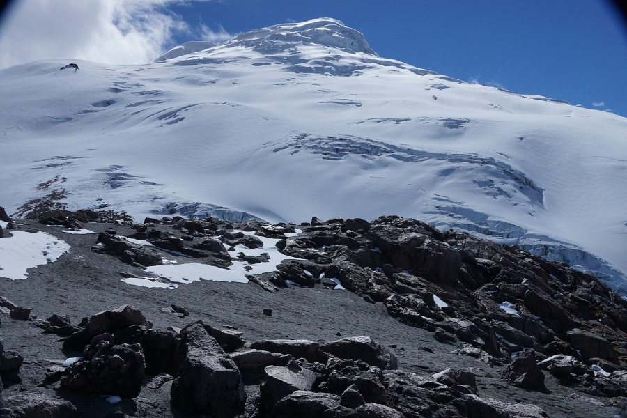 cayambe volcano facts
