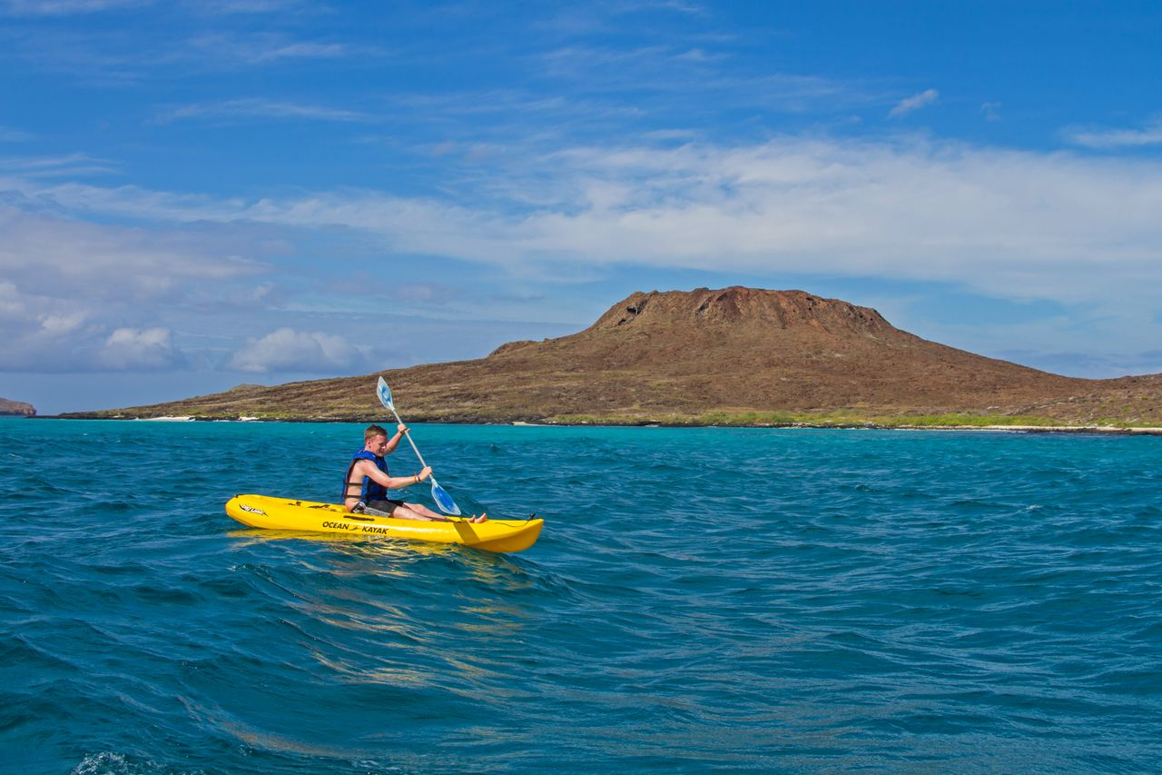 kayaking at galapagos island